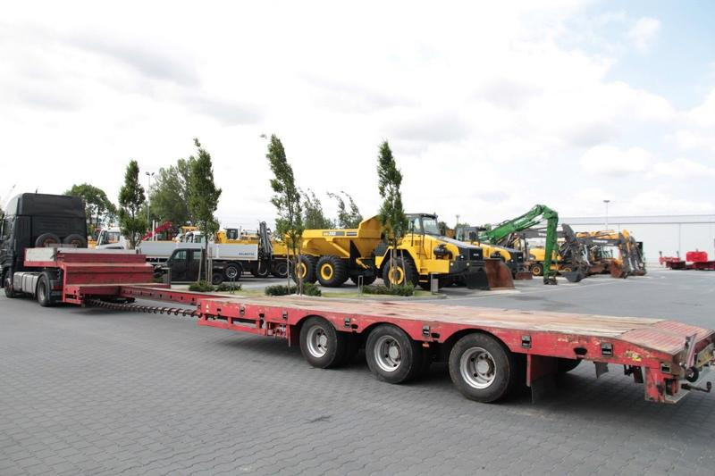 3 AXLE EXTENDABLE LOW LOADER STOKOTA S3U.N1-02