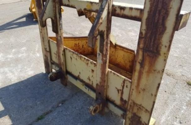 JCB DRAWBAR ATTACHMENT