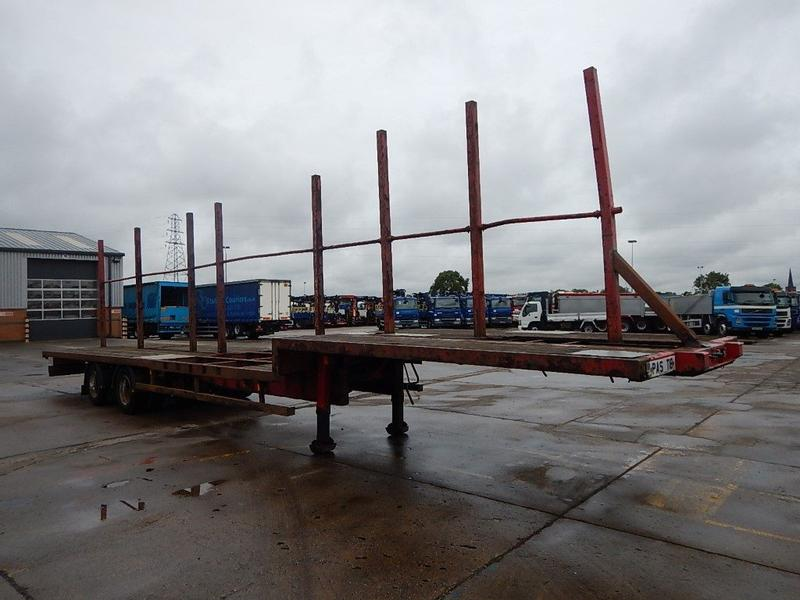CORUS TANDEM AXLE STEPFRAME 44FT FLATBED TRAILER - 2003 - C133161