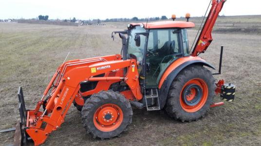 Kubota M9960 TRACTOR WITH LOADER