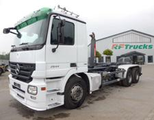 Mercedes-Benz 2644 Actros/6x4/HIAB XR21S56/4,50m Radstand