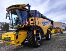 New Holland CR 8.80 SCR
